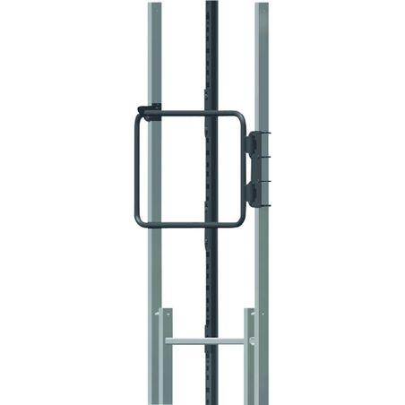 Дверца для настенных лестниц со страховкой по DIN EN 353-1. #1